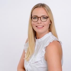 Luisa Bohlig Team-Assistenz bei DCORE | Teammitglied bei DCORE der Forschungsagentur für Marktforschung, Medienforschung und Data Analytics