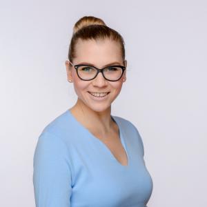 Vanessa Pirmann Kaufmännische Assistenz bei DCORE | Teammitglied bei DCORE der Forschungsagentur für Marktforschung, Medienforschung und Data Analytics